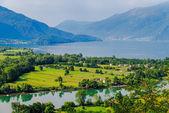 Lago di Mezzola jezioro krajobraz, Włochy, Europa. — Zdjęcie stockowe
