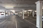 Парковка палубы — Стоковое фото