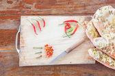 Kırmızı ve yeşil peper — Stok fotoğraf