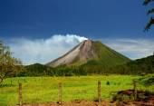 Arenal Volcano in Costa Rica — Stock Photo