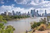Brisbane, Australia - 26th September, 2014: View from Kangaroo point overlooking Brisbane City and river during the day. — 图库照片
