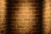 Staré grunge interiér s cihlovou zeď — Stock fotografie