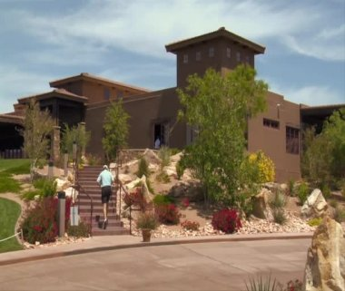 Clubhouse at private golf course — Video Stock