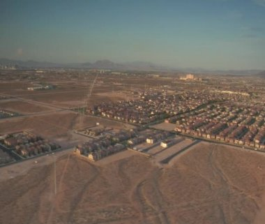 Las Vegas sprawl daytime — Stock Video