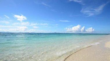 Prachtig strand in okinawa — Stockvideo