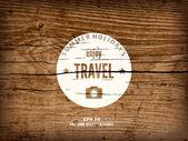Velmi realistické detalized grunge pozadí s bílou cestovní znamení. Staré dřevěné prkno. — Stock vektor