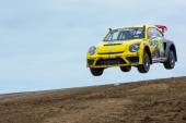 Tanner Foust rally driver jumps — Stock Photo