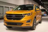 2015 Ford Edge at the Orange County International Auto Show — Stock Photo