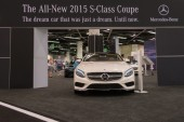Mercedes-Benz stand at the Orange County International Auto Show — Stock Photo
