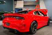 2015 Dodge 2015 Dodge Challenger SRT at the Orange County Intern — Stock Photo