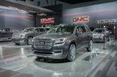 GMC trucks on display — Stock Photo