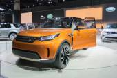 Land Rover Discovery Vison Concept car 2015 — Stock Photo
