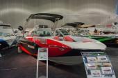 Raptor Indmar B52 23 boat on display — Stock Photo