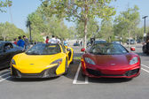 Mclaren P1 and McLaren 12C on display — Stock Photo
