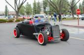 Hot Rod classic car on display — Stock Photo