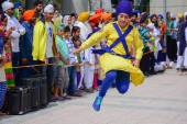 Devotee Sikh dancing — Stock Photo