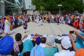 Devotee Sikhs dancing — Stock Photo