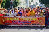Devotee Sikhs marching  — Stock Photo