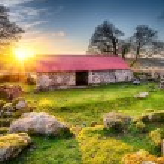 Old Barn at Sunset — Stock Photo #60980957