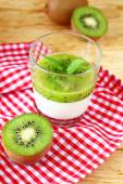 Panna cotta with kiwi jelly — Stock Photo