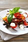 Tomatoes with balsamic dressing — Stock Photo