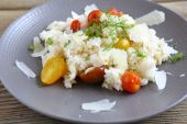 Risotto with fresh vegetables — Stock Photo