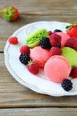 Berry macaroon on a plate — Stock Photo