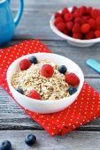 Flakes Dietary with raspberries — Stock Photo
