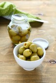 Pickled olives in a bowl — Stock Photo