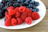 Assorted fresh berry — Stock Photo