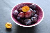 Sweet homegrown plum — Stock Photo