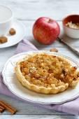 Crispy pie with slices of apples — Stock Photo