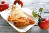 Crispy pastry with apples — Stockfoto