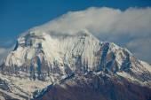 Peak of mount Dhaulagiri in Himalayas mountain NEPAL Great details See full size photo — Stock Photo