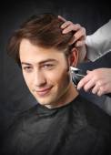 Beautiful healthy hair, the man at the hairdresser — Stock Photo