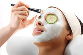 Green clay, cosmetic surgery, skin cleansing — Stock Photo