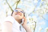 Telephone call. Girl with mobile phone — Stock Photo