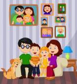 Счастливый семейный мультфильм, сидящий на диване — Cтоковый вектор