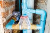 Клапан водопроводной воды обернут для чистоты — Стоковое фото