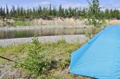 Camping tent by the river. — Stock Photo