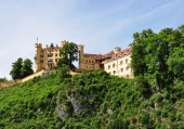 The castle of Hohenschwangau and Alps in Bavaria, Germany — Stock Photo