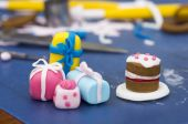 Cake decorations made of fondant — Stock Photo