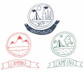 Conjunto de emblemas de aventura doodle — Vetor de Stock