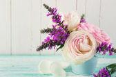 Verse zomerbloemen — Stockfoto