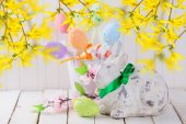 Easter rabbit and colorful eggs — Stock Photo