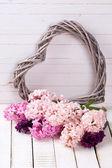 Postcard with fresh hyacinths — Stock Photo