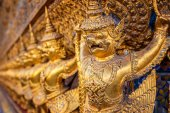 Karuda at Wat Phra Kaew the Temple of Emerald Buddha in Bangkok Thailand — Стоковое фото