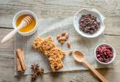 Homemade granola bars on the sackcloth — Stock Photo