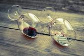 Zwei gläser mit rotwein — Stockfoto