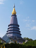Violet pagoda on Mountain in Chiang Mai, Thailand — Stockfoto